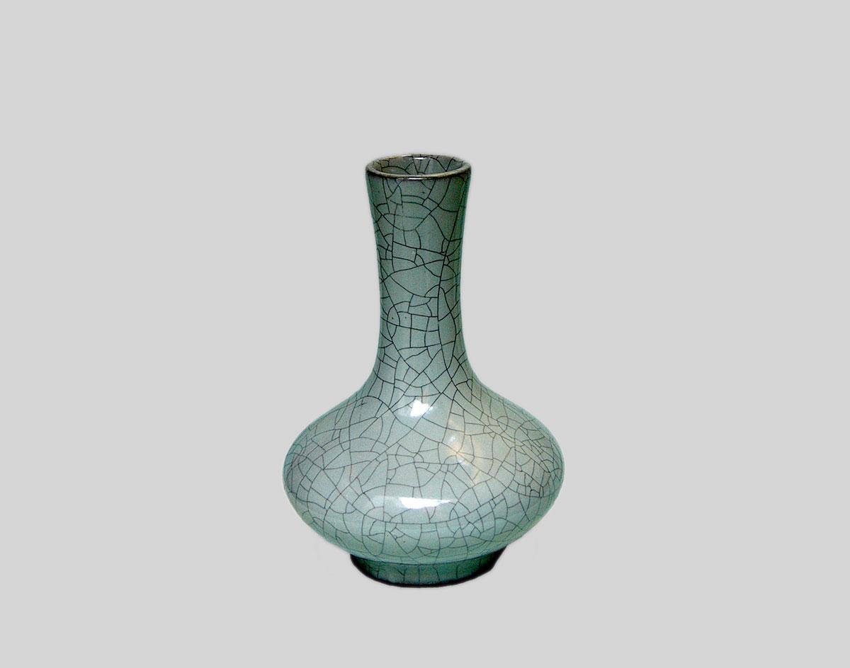 北宋官窑的瓷器主要分为哪两类