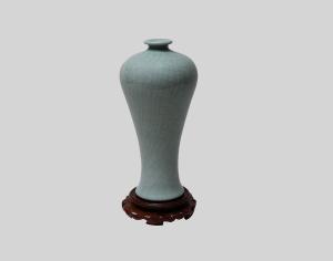 金丝铁线梅瓶